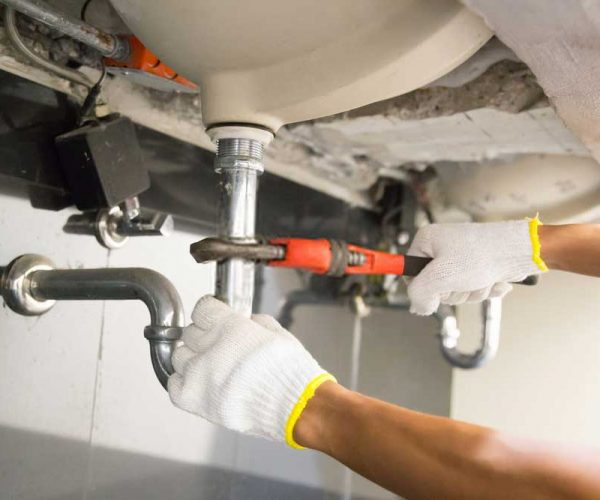 Commercial-Plumbers-2